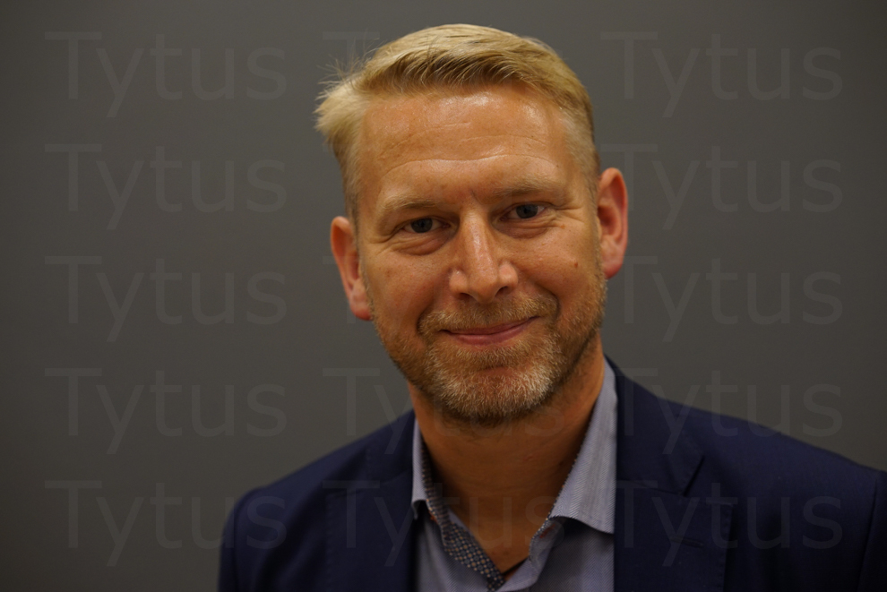 Peter Carlsson  Amplify Ops, former VP of Supply chain in Tesla Motors