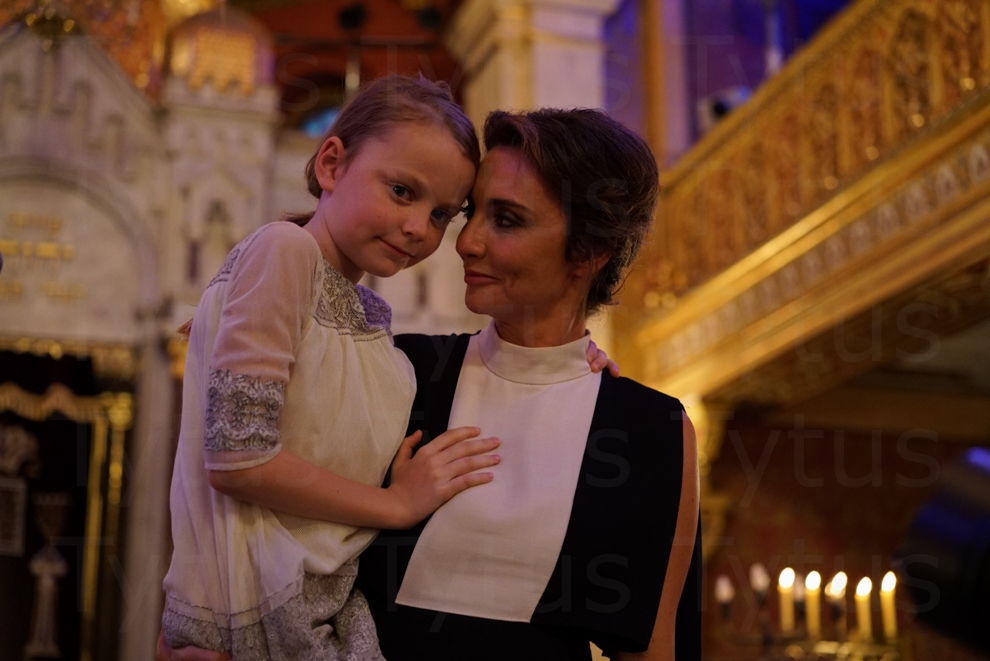 Dominia Kulczyk with her daughter